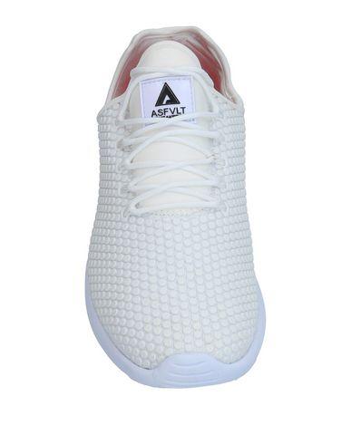Фото 2 - Низкие кеды и кроссовки от ASFVLT белого цвета