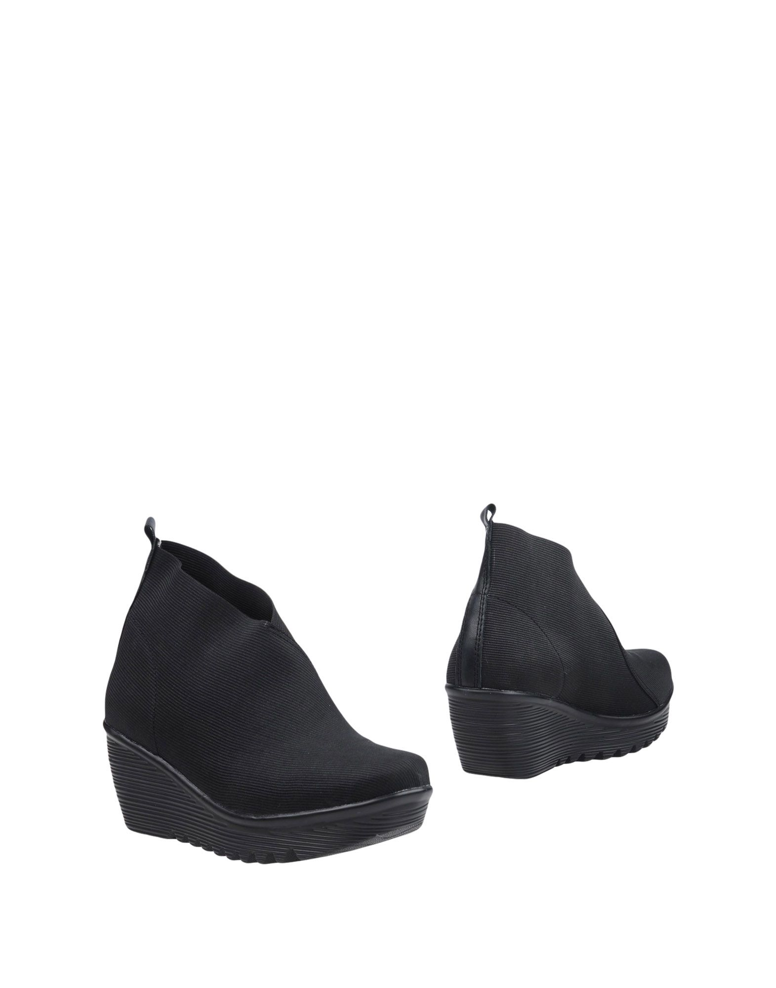 BERNIE MEV. Ankle boots. techno fabric, no appliqués, solid color, round toeline, wedge heel, leather lining, rubber cleated sole, contains non-textile parts of animal origin. Soft Leather, Textile fibers