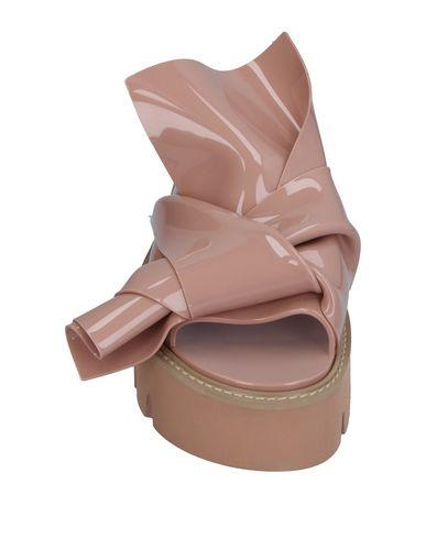 Фото 2 - Женские сандали  цвет телесный