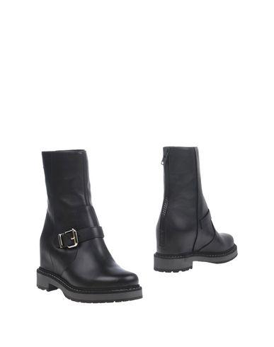 zapatillas FENDI Botines de ca?a alta mujer