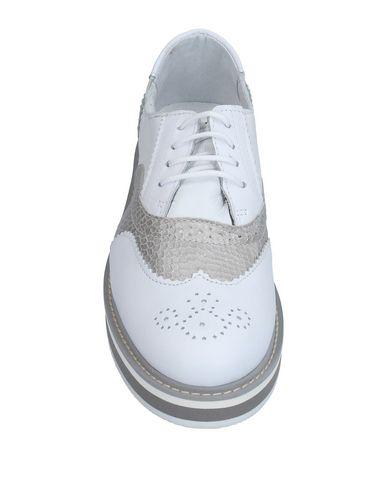 Фото 2 - Обувь на шнурках от LUMBERJACK белого цвета