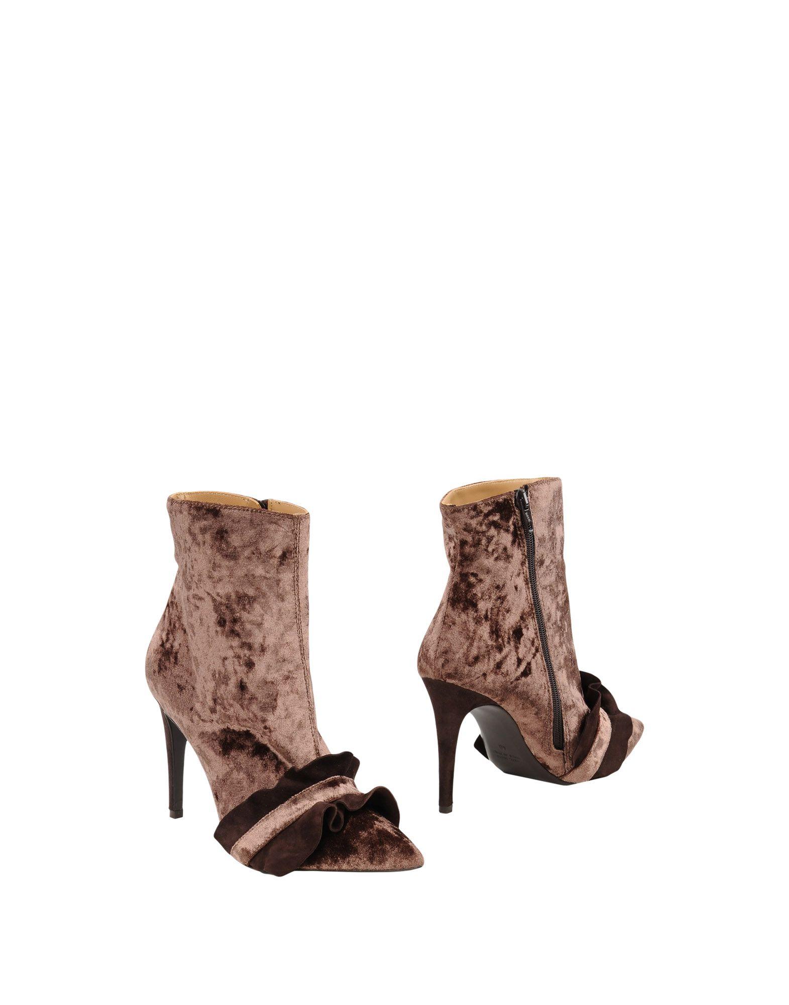 8 Полусапоги и высокие ботинки полусапоги sandm 8 марта женщинам