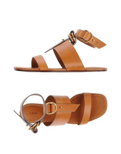 Купить Женские сандали CHLOÉ желто-коричневого цвета