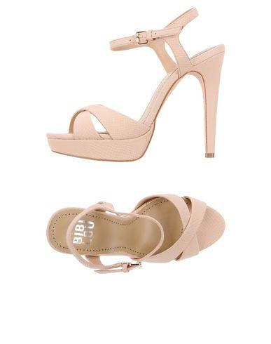 Фото - Женские сандали BIBI LOU светло-розового цвета