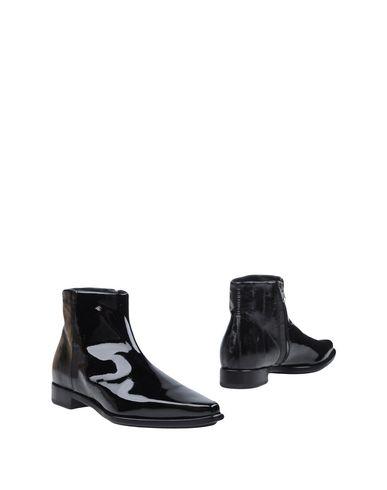 Полусапоги и высокие ботинки от ALYX