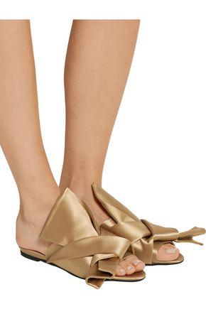 N° 21 Knotted satin sandals
