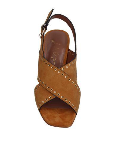 Фото 2 - Женские сандали  цвет верблюжий
