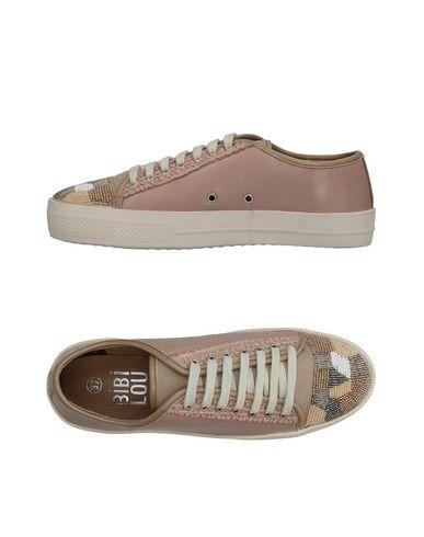 Фото - Низкие кеды и кроссовки от BIBI LOU пастельно-розового цвета