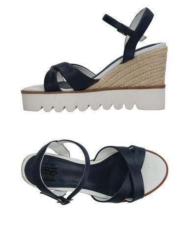 Фото - Женские сандали BIBI LOU темно-синего цвета