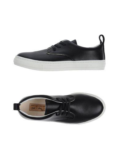 Фото - Низкие кеды и кроссовки от BUDDY черного цвета