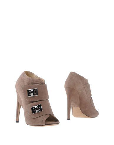 Купить Женские ботинки и полуботинки  цвета хаки