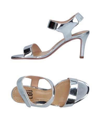 Купить Женские сандали BIBI LOU серебристого цвета