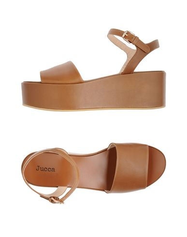 Купить Женские сандали JUCCA коричневого цвета