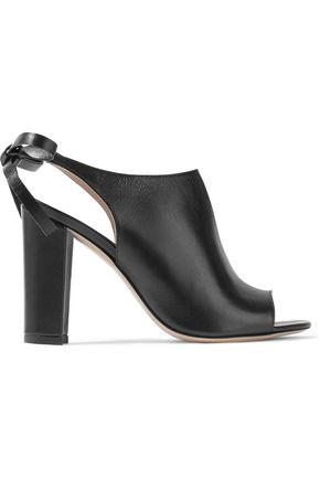8 Leather mules