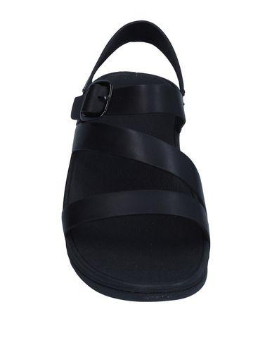 Фото 2 - Женские сандали FITFLOP черного цвета