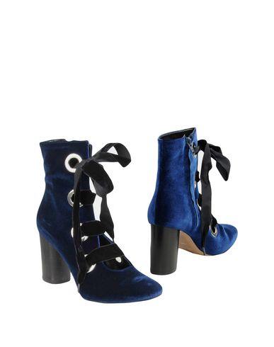 Купить Полусапоги и высокие ботинки от BIANCA DI темно-синего цвета