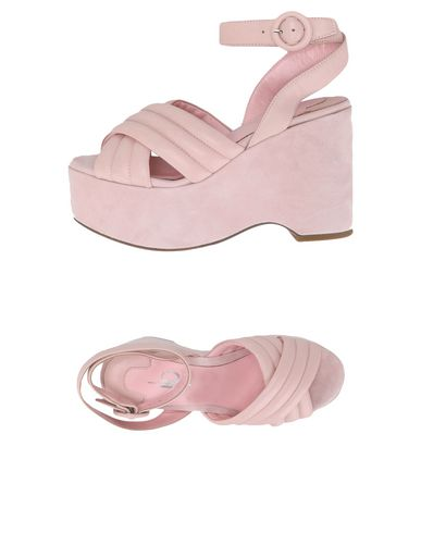 Купить Женские сандали J|D JULIE DEE розового цвета