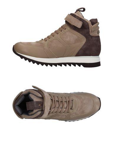 Фото - Высокие кеды и кроссовки от CESARE PACIOTTI 4US бежевого цвета
