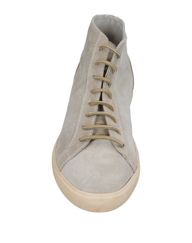 Фото 2 - Высокие кеды и кроссовки светло-серого цвета