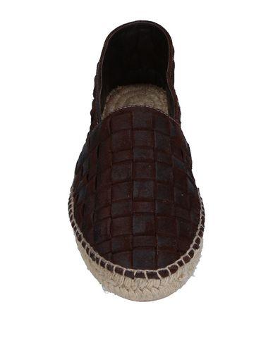 Фото 2 - Эспадрильи от PREVENTI темно-коричневого цвета