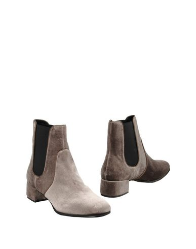 Полусапоги и высокие ботинки от BRUNO PREMI
