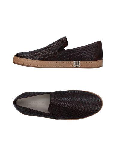 Купить Низкие кеды и кроссовки от FLORSHEIM темно-коричневого цвета