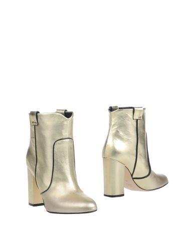 Фото - Полусапоги и высокие ботинки цвет платиновый