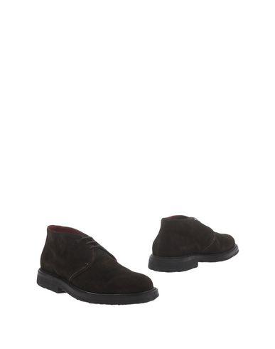 Полусапоги и высокие ботинки от ARANTH