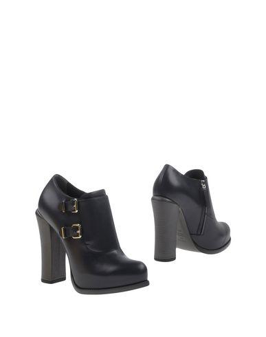 zapatillas FENDI Botines mujer