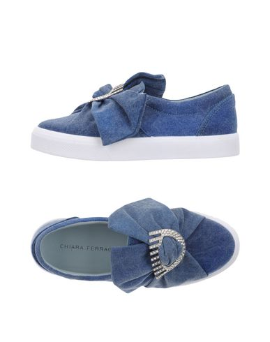 Фото - Низкие кеды и кроссовки от CHIARA FERRAGNI синего цвета