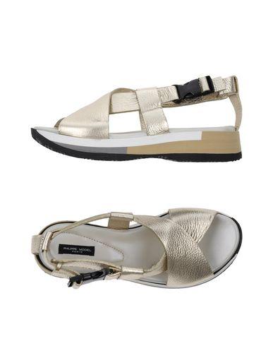 Фото - Женские сандали PHILIPPE MODEL цвет платиновый