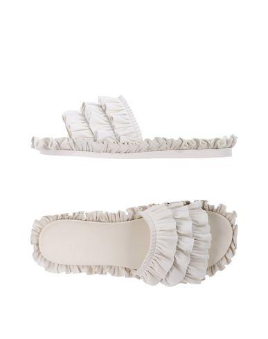 Фото - Женские сандали SIMONE ROCHA белого цвета