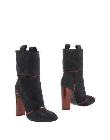 Фото - Полусапоги и высокие ботинки от KALLISTÈ цвет стальной серый