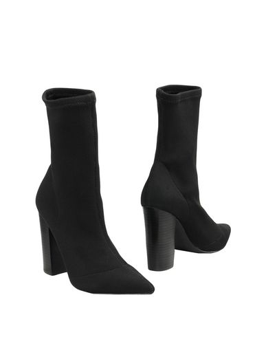 Полусапоги и высокие ботинки от STEVE MADDEN