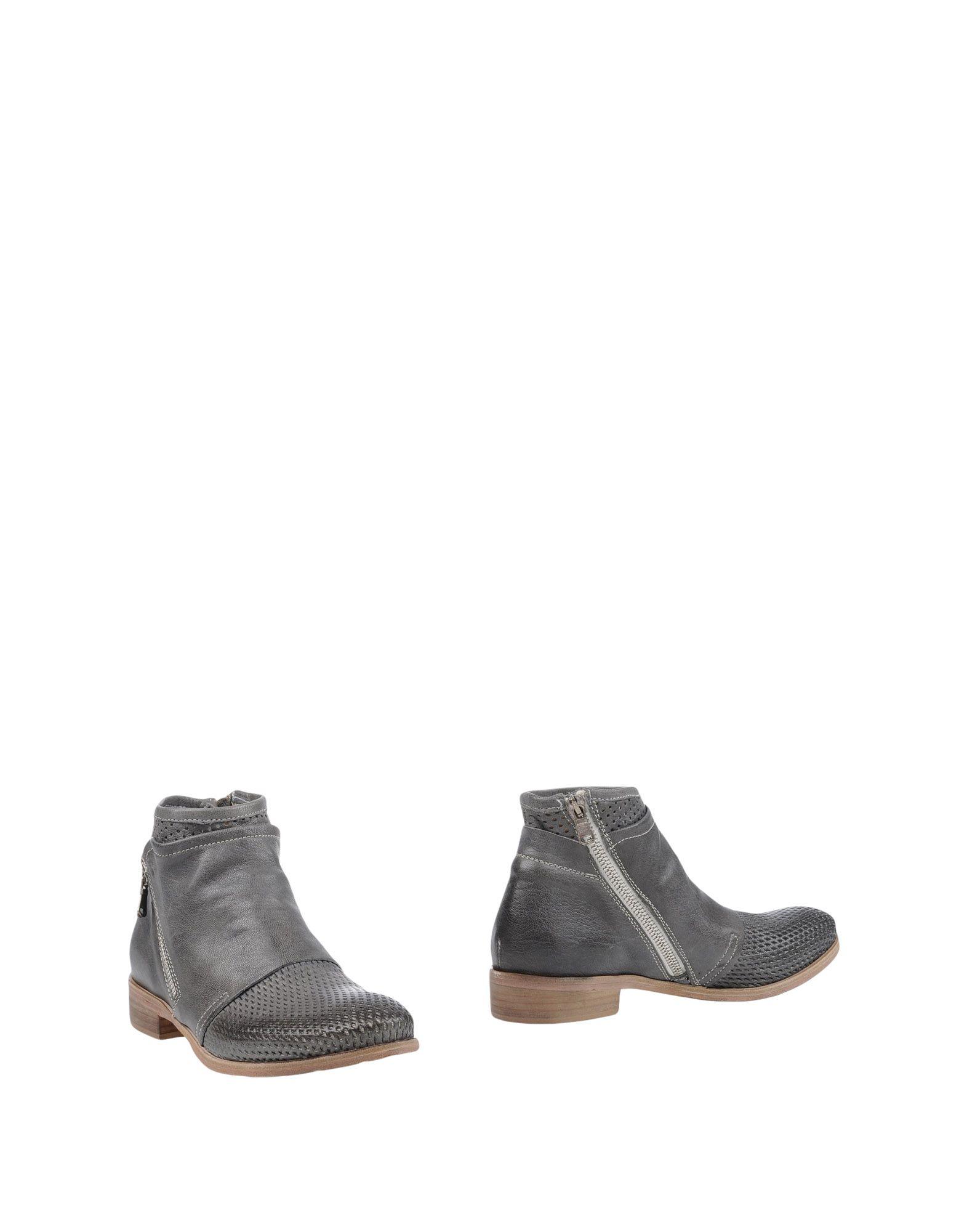 где купить KEB Полусапоги и высокие ботинки по лучшей цене