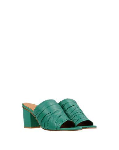 Фото 2 - Женские сандали MIISTA зеленого цвета