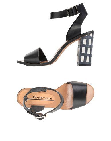Купить Женские сандали FIORIFRANCESI черного цвета
