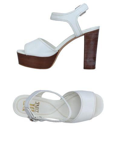Фото - Женские сандали BP ZONE белого цвета