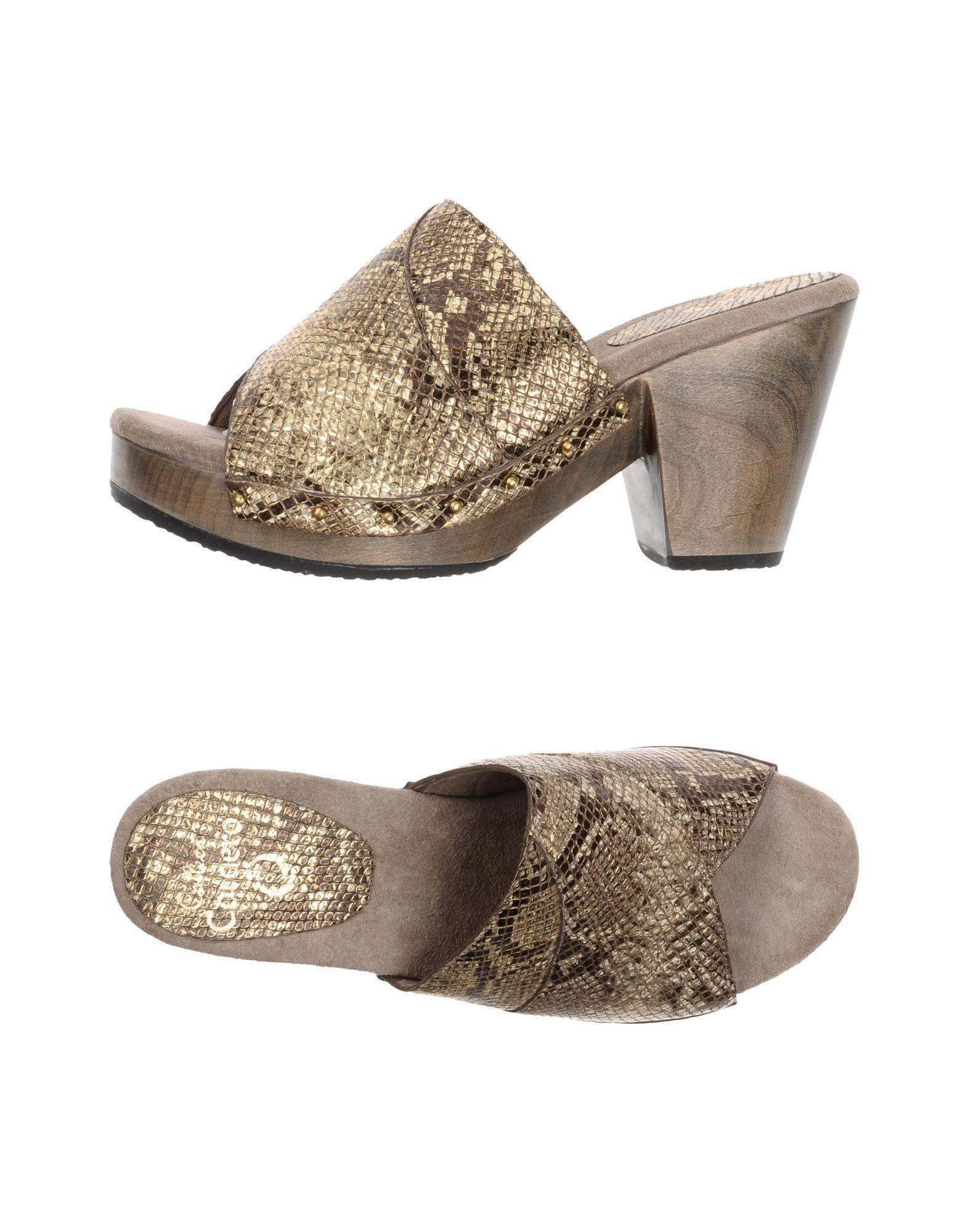 CALLEEN CORDERO Sandals in Gold