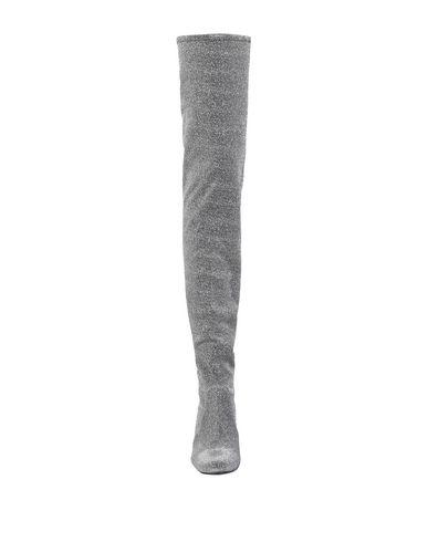 Фото 2 - Женские сапоги  серого цвета