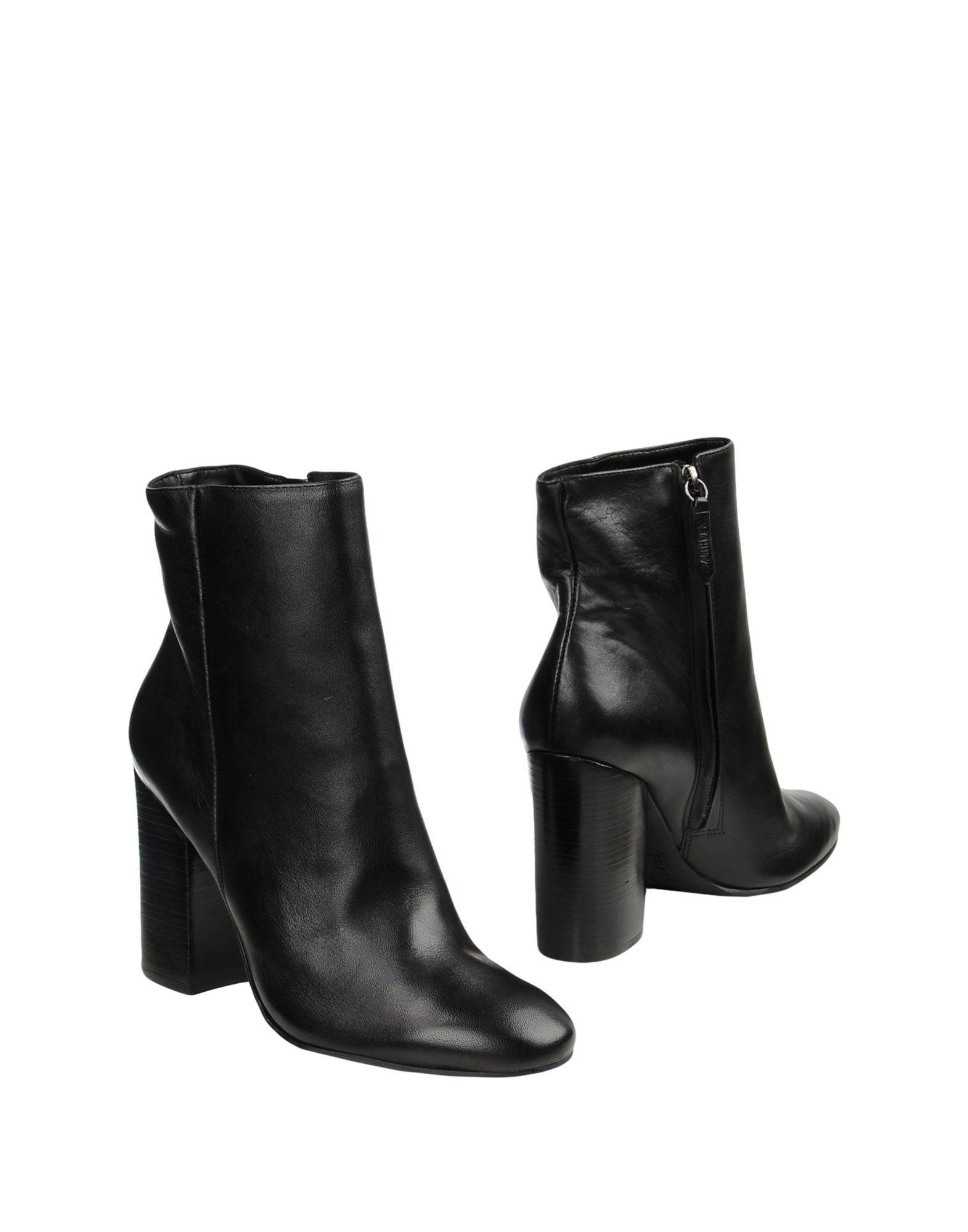 SCHUTZ Полусапоги и высокие ботинки цены онлайн