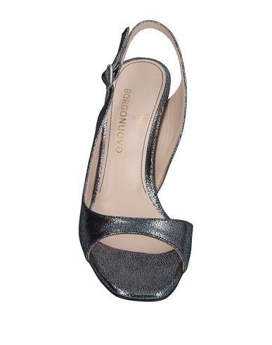 Фото 2 - Женские туфли BORGONUOVO серебристого цвета
