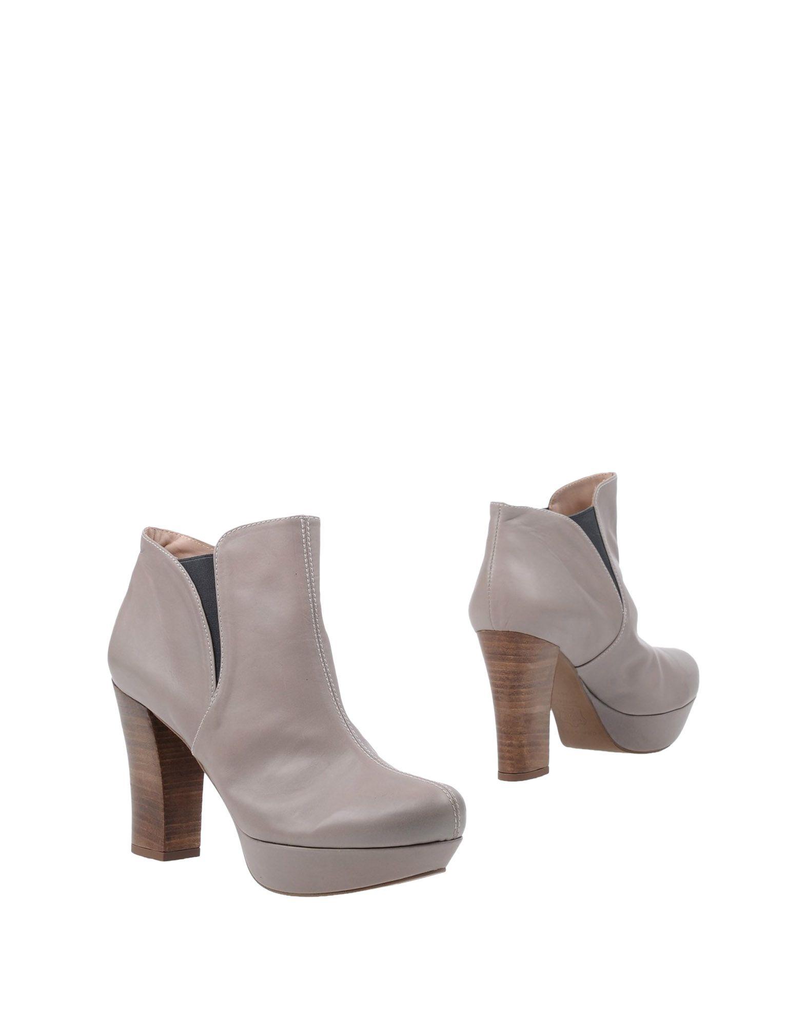 PURA LÓPEZ Полусапоги и высокие ботинки pura брюки