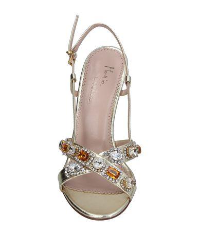 Фото 2 - Женские сандали MARIA CRISTINA цвет платиновый