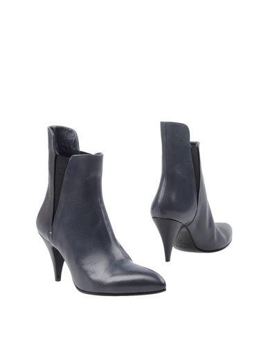 Полусапоги и высокие ботинки от KALLISTÈ