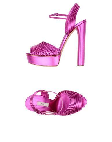 Фото - Женские сандали  цвета фуксия