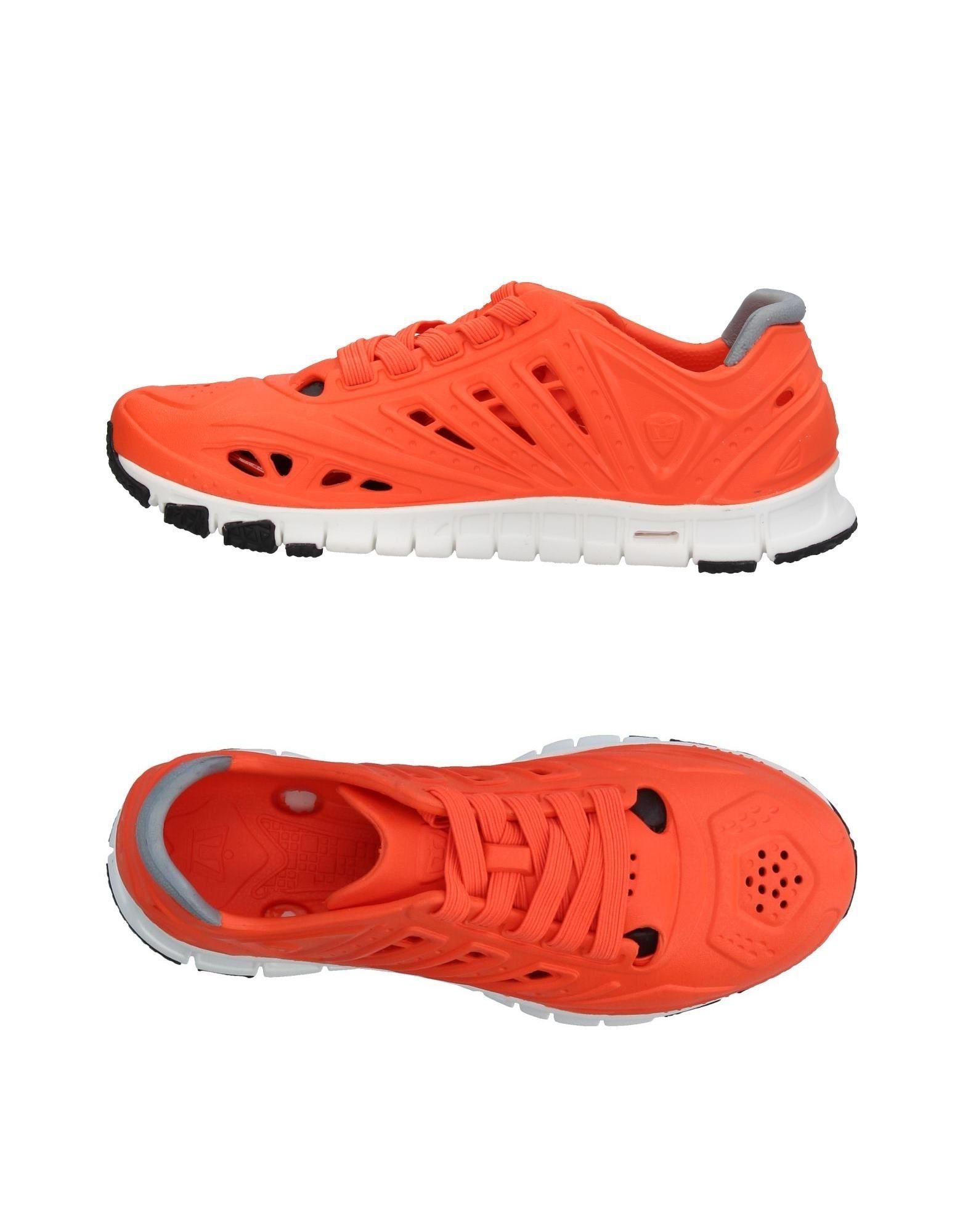 columbia низкие кеды и кроссовки CROSSKIX Низкие кеды и кроссовки