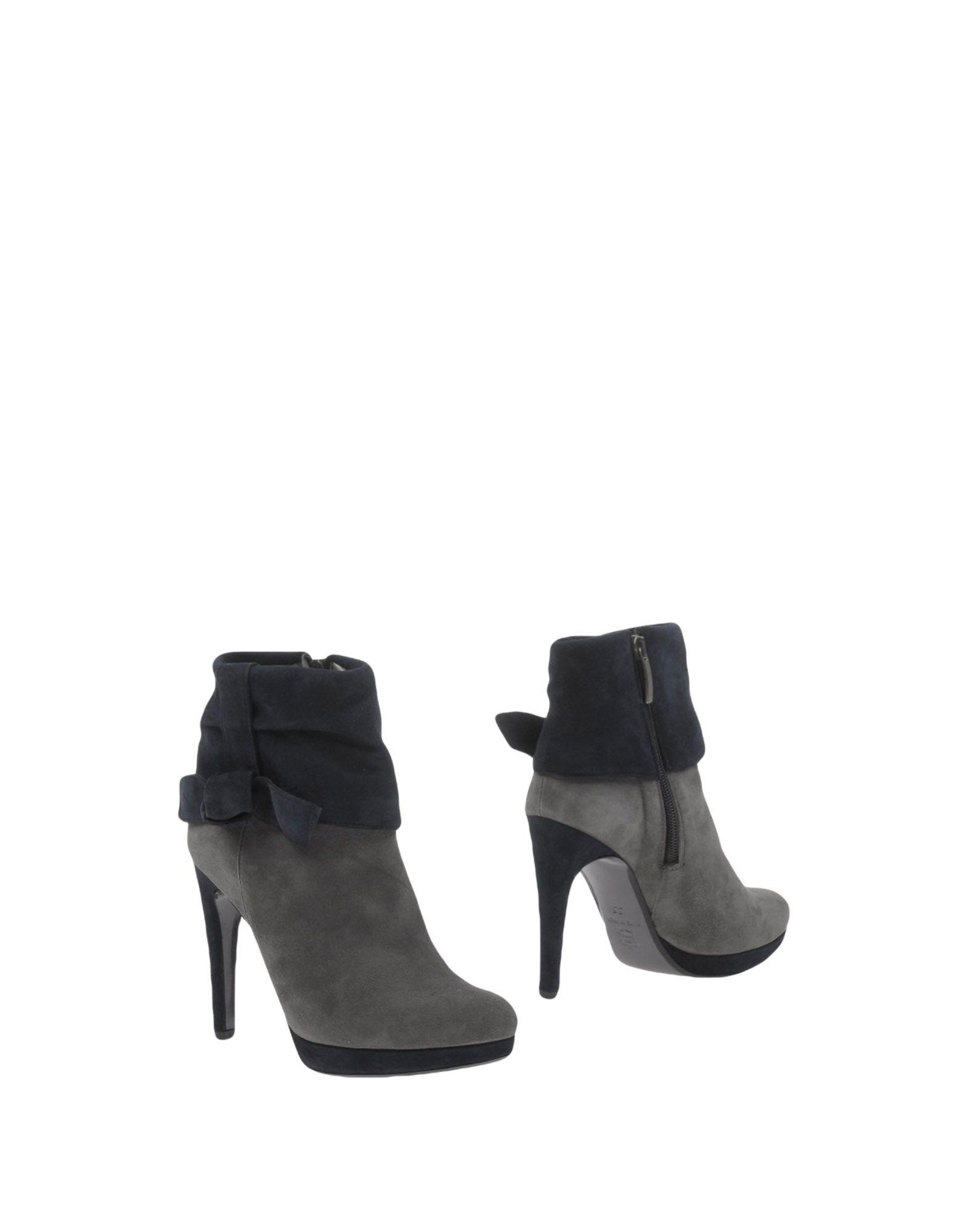 aldo castagna обувь на танкетке ALDO CASTAGNA Полусапоги и высокие ботинки
