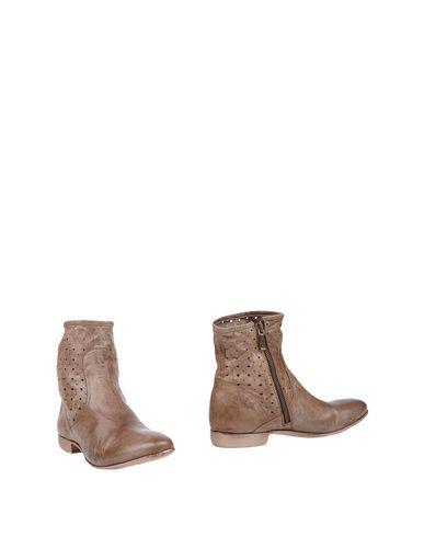 Купить Полусапоги и высокие ботинки от CORVARI цвет голубиный серый