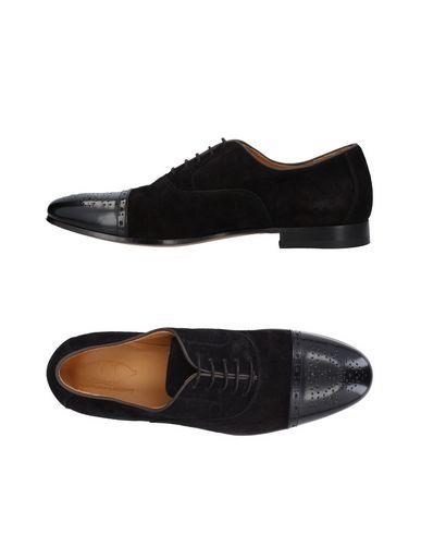 Фото - Обувь на шнурках от J.J. черного цвета